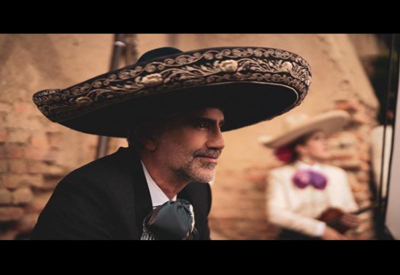 Fernández ha desarrollado campañas para recaudar fondos para músicos. Foto: @alexoficial/ Instagram