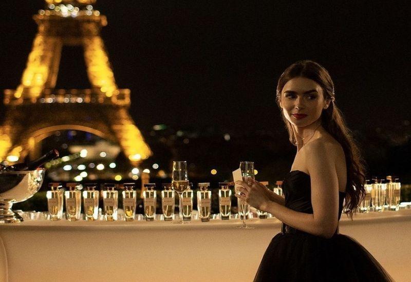 """La segunda temporada ya se encuentra en pleno rodaje para presentar una propuesta en la que """"Emily se introducirá más en el estilo de vida francés""""."""