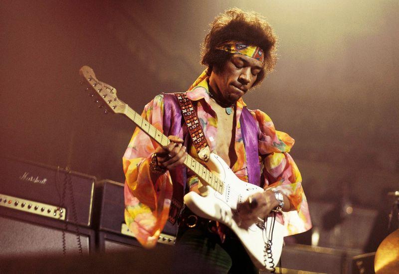 Según una letanía viva 50 años después de su muerte, el mejor guitarrista de la historia.