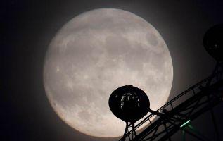 CIENCIA.- La madrugada de este 14 de noviembre de 2016 será el momento de ver la Superluna, un increíble e histórico evento que se repetirá luego de 18 años. Foto: Reuters