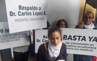 os médicos realizarán una marcha a favor del doctor, el próximo 19 de enero. Foto: @redaccionmedEC.
