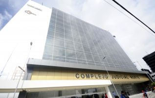 Cuatro día duró la audiencia preparatoria contra 18 implicados en el caso Petroecuador. Foto: API