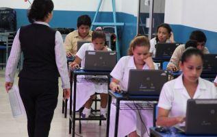 Esta prueba determinará la nota de graduación de estudiantes de tercero de bachillerato y su pase a las universidades públicas. Foto: Archivo.