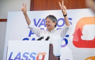 El líder de CREO agradeció a los votantes y a los líderes políticos que lo han respaldado. Foto: CREO