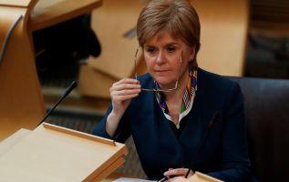 La dirigente independentista puso en duda que el Gobierno británico vaya a obtener un buen acuerdo en Bruselas. | Foto: Reuters.