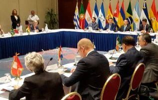 El encuentro reunirá en la sede de la Unión de Naciones Suramericanas (Unasur), en Quito, a delegados de 21 países que forman la organización internacional. Foto: referencial