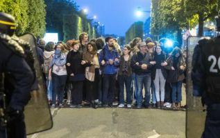 Las plazas de Bastilla y de la República fueron las que congregaron a los manifestantes.| Foto: TRT