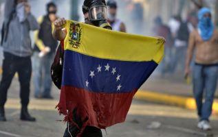"""La Fiscalía venezolana dijo hoy haber hecho 79 """"actos de investigación"""" sobre la muerte del joven Juan Pernalete. Foto: AFP"""