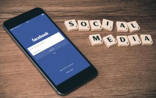 Algoritmos usados en redes sociales como Facebook se aseguran de mostrarnos solo información que nos interesa.