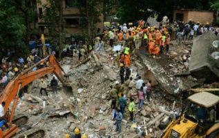 Los derrumbes son frecuentes en la India, a menudo debido al precario estado de las infraestructuras. Foto: AFP