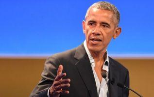 """""""Nadie nace odiando a otra persona por el color de su piel o su origen o su religión"""", escribió el domingo Obama. Foto: archivo"""