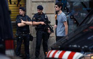 El ministro del Interior afirmó que el grupo de 12 personas que cometió los atentados en Barcelona y Cambrils ha sido desmantelado. Foto: AFP