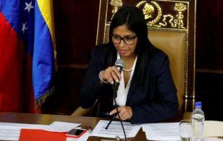La presidenta de la Asamblea Constituyente, Delcy Rodríguez, criticó la ausencia de la junta directiva del Parlamento en la sesión de este viernes. Foto: Reuters