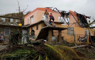 Tras el paso del ciclón solo un 25 por ciento de la isla cuenta con agua y el 85 por ciento de la infraestructura de telecomunicaciones no funciona. Foto: Reuters