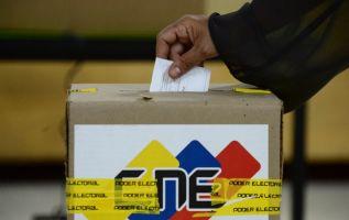 El chavismo se impuso en estos comicios regionales, en los que afirma haber arrasado con 17 gobernaciones de las 23 que tiene el país. Foto: AFP
