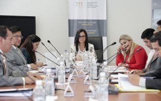 Aguiñaga expresó la necesidad revisar los métodos de asignación de escaños. Foto: Asamblea