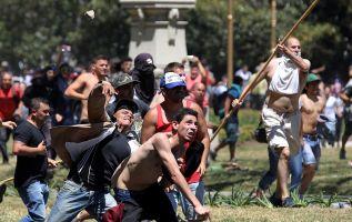 Los incidentes se registraron cuando miles de manifestantes confluyeron ante las puertas de la Cámara de Diputados. Foto: Reuters