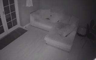 Las cámaras captaron extraños movimientos en la casa de una pareja de Kent, Reino Unido, que antes fue un hospital. Foto: captura de video
