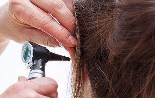 En caso de mastoiditis crónica, secundaria a infecciones recurrentes de oído medio, el tratamiento es quirúrgico. Foto referencial