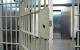 Los presos escaparon por un boquete que abrieron en un muro. Foto: archivo