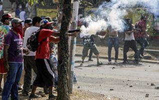 Muere periodista mientras filmaba protestas en Nicaragua. Foto: AFP