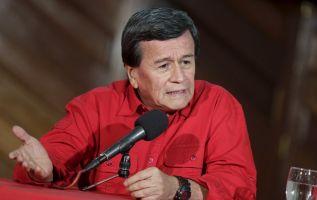 El jefe negociador del ELN, Pablo Beltrán, lamentó la decisión de Ecuador de dejar de ser garante y anfitrión del diálogo que esa guerrilla mantiene con el Gobierno colombiano. Foto: Reuters - Archivo