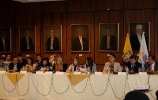La votación para reconsiderar lo actuado por la Comisión de Fiscalización no alcanzó la mayoría necesaria. Foto: Asamblea