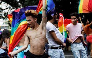 La terapia de conversión para cambiar la orientación sexual. Foto: Reuters - Referencial