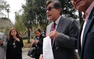 Montúfar pide al fiscal General del Estado, Paúl Pérez, que solicite medidas cautelares al Juez de Garantías Penales. Foto: Twitter @PublicaFM