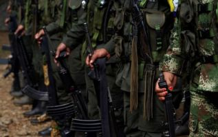 Insurgentes se abastecen de municiones que pasan por Ecuador. Foto: Reuters - Referencial