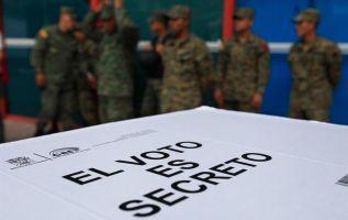 Cerca de 400.000 ecuatorianos en el exterior podrán votar. Foto: Archivo