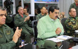 """Maduro dijo que además está """"evaluando un cierre total de la frontera con Colombia"""". Foto: AFP"""
