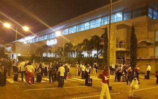 Asi se vivió en el aeropuerto José Joaquín de Olmedo el sismo que sacudió Guayaquil. Foto: Twitter @680radioatalaya