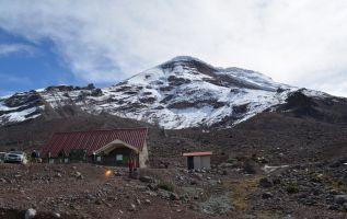 En 58 años el Chimborazo perdió su imponente atuendo de hielo y hoy apenas muestra un sombrero blanco en la cima. Foto: Flickr Ambiente