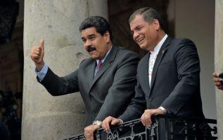 Moreno aconsejó a los mandatarios regionales tener cuidado con la injerencia de Maduro y de Correa. Foto: AFP