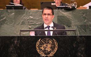 """En su discurso, el canciller acusó a Estados Unidos de querer """"imponer la dictadura"""" en la ONU."""