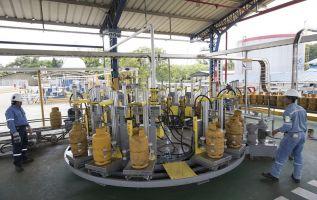 El gas natural, licuado y comprimido variará de acuerdo con las condiciones del mercado.