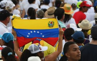 La visa, cuya solicitud costará 50 dólares, tendrá dos años de vigencia para los venezolanos. Foto: AFP