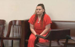 Marissa Mowry, hoy de 28 años, tenía 22 cuando empezó a abusar del niño, que tiene ahora 17 años.