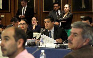 """Martínez señaló que """"en el país hay un problema estructural que tiene que ser resuelto""""."""