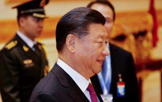Facebook se disculpó por la traducción errónea del birmano al inglés del nombre del presidente de China, Xi Jinping. Foto: AFP.