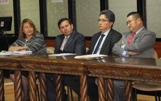 Jueces deberán anunciar nueva fecha para la reinstalación de la audiencia por sobornos.