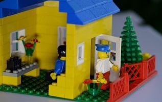 Lego promete productos con materiales 100% sostenibles para 2030. Foto: Pixabay.