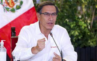 Vizcarra señaló que la nueva restricción fue adoptada para reducir a la mitad la cantidad de gente que circula en las calles. Foto: AFP
