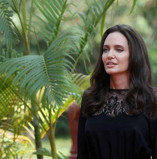 La cadena BBC entrevistó en exclusiva a la actriz Angelina Jolie a propósito de la proyección de su filme  First They Killed My Father. Foto: Reuters