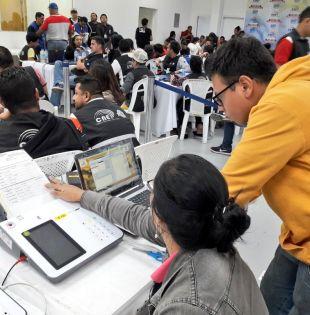 Lenin Moreno superó a Guillermo Lasso con 1.063.940 votos en la primera vuelta en Ecuador. Foto: Twitter CNE Guayas