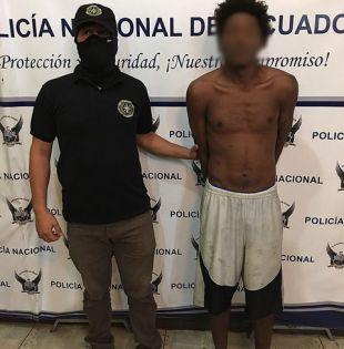 Jhon William Q. C., conocido como 'Sayayín', fue detenido ayer en la parroquia Jambelí, en El Oro. Foto: Ministerio del Interior
