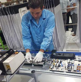 Producirán alrededor de 400 unidades por día en los modelos 55 y 65 pulgadas.