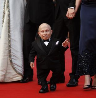 Muere Verne Troyer, popular por su papel como 'Mini-me' en Austin Powers. Foto: AFP