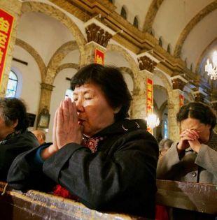 El Vaticano calcula que en el país hay entre 8 y 12 millones de católicos, pertenecientes a la Iglesia Patriótica y a la clandestina. Foto: tomada de Internet